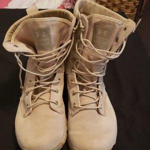 Men's Alegent Under Armour boots